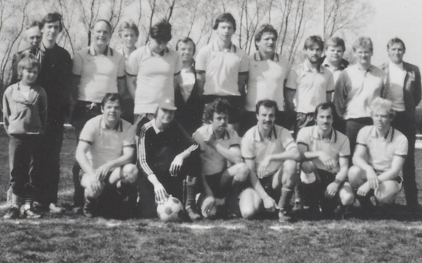 75jzeit2m1984