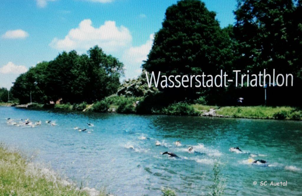 17T triathlon Wasserstadt